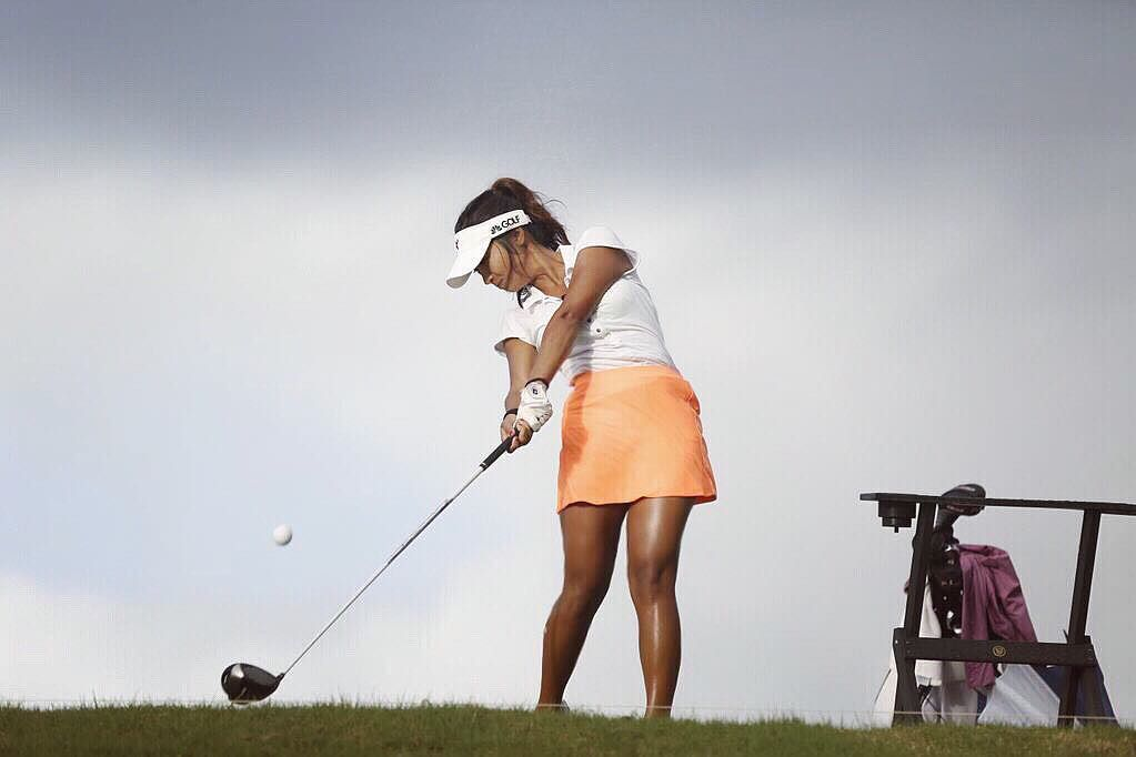 Le golfeur professionnel Jada Lalita Patipaksiri